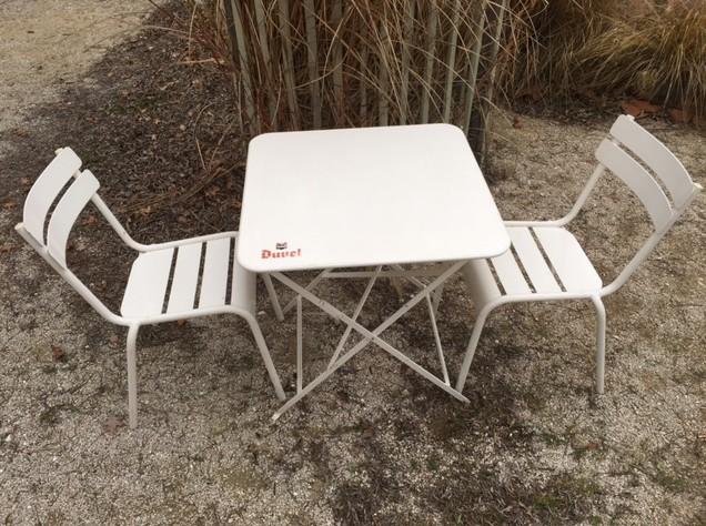 tables et chaises duvel